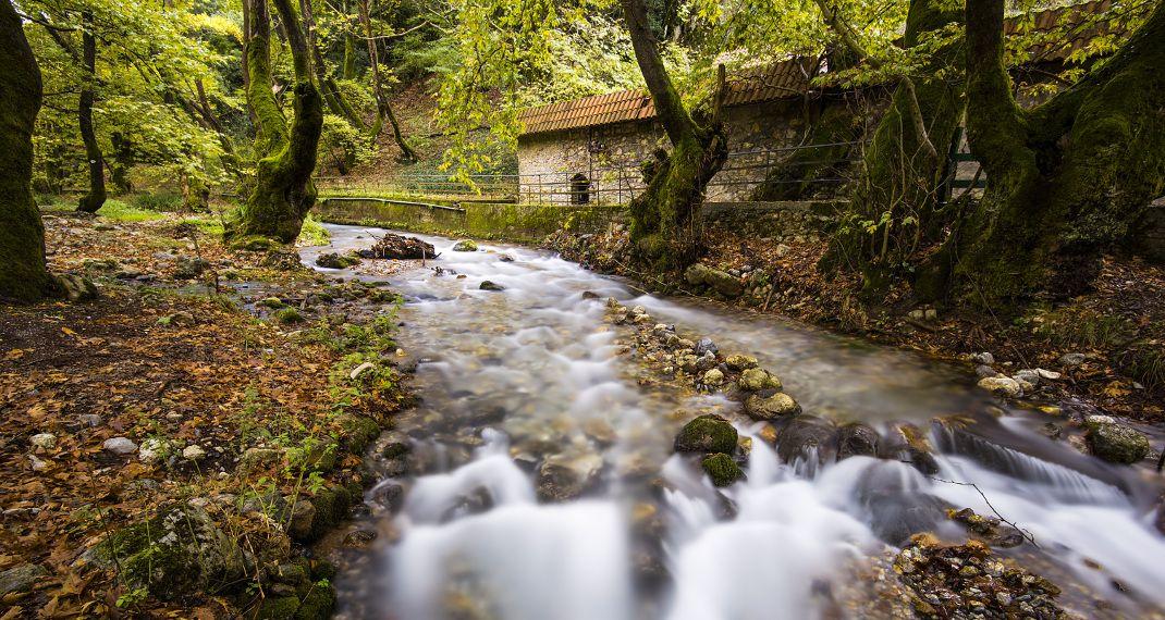 Монастир Мега Спілео – Печера озер – Планітеро